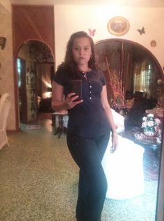 yo haciendome un selfie en el espejo