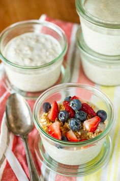 Overnight Oatmeal In A Jar -- prepping this overnight oatmeal recipe before you go to bed means you have breakfast ready and waiting in the morning. Just THREE ingredients (+ your fave toppings) -- so EASY!!!