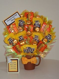 Sweet Celebrations by Stacey is a local company with a simple web site that just displays our custom creations. Candy Gift Baskets, Raffle Baskets, Candy Gifts, Candy Bar Bouquet, Gift Bouquet, Candy Arrangements, Candy Centerpieces, Xmas Gifts, Craft Gifts