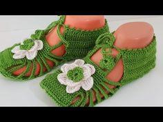 Tığ işi şık patik modeli yapımı çok kolay ve harika bir model, görselliği ile şıklığını ortaya çıkartıyor. Ayağımızda oldukça güzel duracağını düşündüğüm Crochet Shoes, Crochet Slippers, Free Pattern, Crochet Necklace, Baby Shoes, Crochet Patterns, Beautiful Women, Booty, Hats