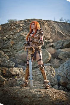 Andy Rae as Barbarian from Diablo III Girl Costumes, Costumes For Women, Cosplay Costumes, Cute Cosplay, Cosplay Girls, Diablo Cosplay, Barbarian, Nice Tops, Hipster