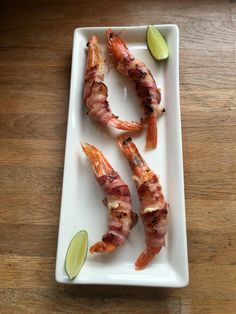 Prawns, stuffed with cheese, wrapped in bacon! #tailgating  http://www.fodmapfoodie.co.uk/tailgating-recipes/prawns-stuffed-with-cheese-wrapped-in-bacon