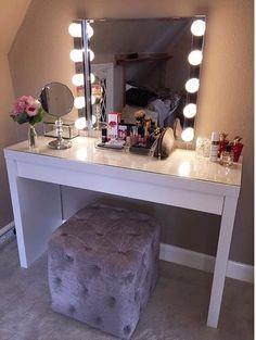 61 Ideas Bedroom Vintage Glam Dressing Tables For 2019 Cute Room Decor, Teen Room Decor, Room Ideas Bedroom, Bedroom Decor, Bedroom Designs, Makeup Room Decor, Makeup Rooms, Makeup Desk, Diy Makeup