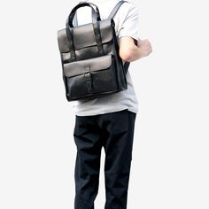 Hold it by the top handles or carry it on your back. The Anjo Vegan Leather Backpack is a versatile bag for your everyday adventures while being able to age beautifully with time. Vintage Backpacks, Boys Backpacks, Japanese Backpack, New Life, Boy Fashion, Vegan Leather, Leather Backpack, Bags, Dumpling