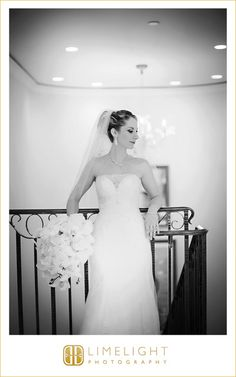 #Sandpearl #Resort #Tampa #Clearwater #beach #FL #Wedding #Limelight #Photography #bride #flowers