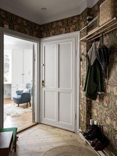 Luxe Interiors, House, Interior, Dream Decor, Home N Decor, Home, Cottage In The Woods, Dream Apartment, William Morris Interior