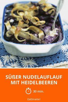 Süßer Nudelauflauf mit Heidelbeeren - smarter - Zeit: 30 Min.   eatsmarter.de #heidelbeeren #pasta #veggie Superfood, Good Bakery, Food Porn, Sweet And Salty, Macaroni, Acai Bowl, Holi, Cereal, Food And Drink