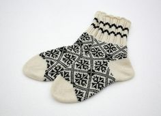 Socks with cornflower pattern by LeSoleilKnitwear on Etsy, $27.00