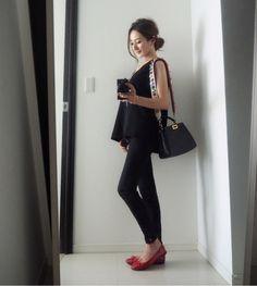 Fendi Peekaboo Mini, Fashion Bags, Womens Fashion, Office Fashion, Asian Fashion, Chanel, Classy, Handbags, Celebrities