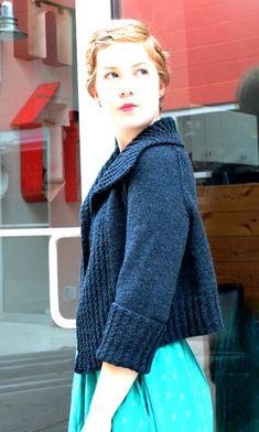 Modèle sur Knitty.  J'aime le col, les côtes réversibles de la bande de devant et des manches