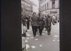 Danish female resistance fighters on Vimmelskaftet in Copenhagen after the liberation d. May 5, 1945