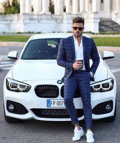 12 Perfect Men's Street Style To Try Now - Fashion Idea Stylish Men, Men Casual, Blazer Outfits Men, Formal Men Outfit, Luxury Lifestyle Fashion, Retro Mode, Designer Suits For Men, Herren Outfit, Fashion Mode
