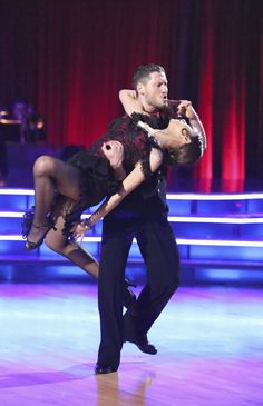Val & Zendaya  -  Dancing With the Stars  -  week 5  -  Season 16  -  spring 2013  -  dance the Argentine Tango