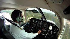 [HD] Aterrizaje en Aeropuerto Palonegro de Bucaramanga. Enero 13 de 2011