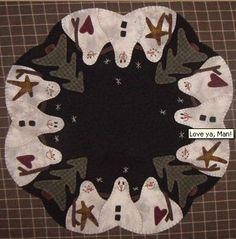 Table Mat designed by Lisa Bongean of Primitive Gatherings