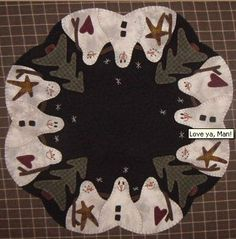 Table Mat designed by Lisa Bongean of Primitive Gatherings