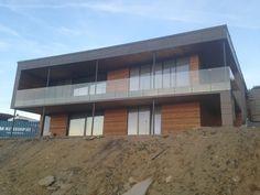 Hustillverkare och husbyggare med rätt priser att bygga nyckelfärdigt hus.