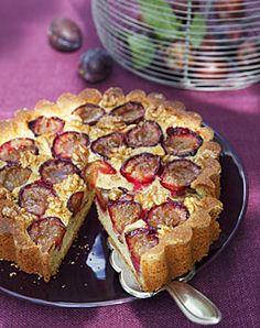 Zwetschgenkuchen mit Orange und Walnüssen - Backen im Herbst: Kuchen, Torten & mehr - [LIVING AT HOME]