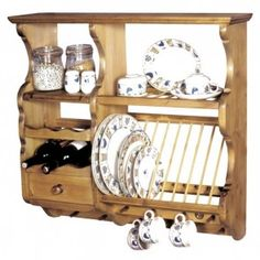 plate racks Fancy Diy Farmhouse Plate Rack Ideas That You Can Do - In case you are trying to buy a brand new kitchen, then earlier than going to you native DIY retailer and parting alo Antique Pine Furniture, Pine Bedroom Furniture, Shaker Style Kitchens, Small House Decorating, Decorating Ideas, Diy Store, Plate Racks, Handmade Kitchens, Custom Made Furniture