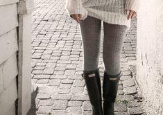 tights + hunter boots