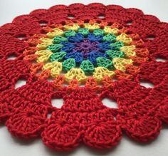 ergahandmade: Rainbow Mandala + Free Pattern