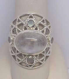 LADIES LARGE STERLING SILVER 925 MOONSTONE RING SIZE 8