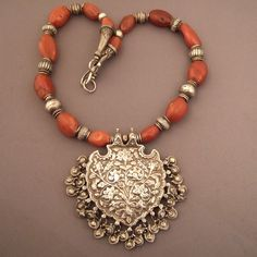 India | Old silver and cornaline necklace from Radjasthan | © Micheal Halter.
