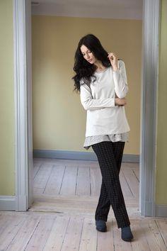 Gudrun Sjödéns Herbstkollektion 2014 - Dieses Shirt ist ein langärmeliges Modell aus weicher Baumwolle/Elasthan mit rundem Ausschnitt.