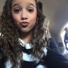 January 27, 2015: When my hair is crimped I look like @.ryannogy p.s I LOVE THIS HAIR thanks @.ddkaz