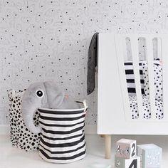 Knuffel elphee de olifant grijs XL - Done by Deer #blackandwhite #monochrome  #cuddly #baby #toy #elphee #donebydeer #littlethingz2