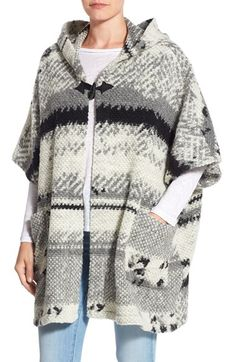 Free shipping and returns on BB Dakota 'Roza' Textured Hooded Poncho Cardigan at Nordstrom.com. Softly pebbled texture highlights the rustic stripes running across this poncho cardigan that fastens with a single toggle. A pair of patch pockets keep your hands warm while a generous hood shields you from blustery winds.
