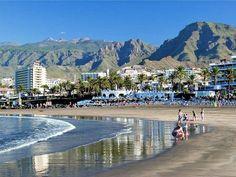Playa de las Americas...www.yoyotravel.ro