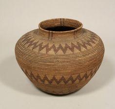 c5807c7a752867025a92e1f032ad0ed3--basket-weaving-native-americans.jpg (360×342)