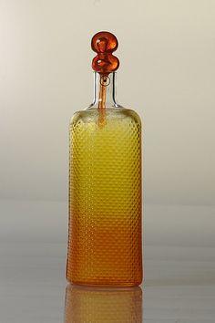 Markku Salo Bottle mm Weight c. 400 g. Glass Design, Design Art, Glass Bottles, Perfume Bottles, New Pins, Scandinavian Design, Modern Contemporary, Glass Art, Retro Vintage