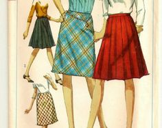 """A Classic Side Zip, Pleated Effect or Bias Cut A-Line Skirt Pattern - Misses Size 10, Waist 24"""" - Simplicity 6646"""