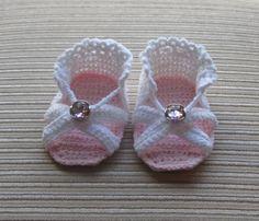 Crochet Pattern for Baby Girl Sandals by homemadediycrafts