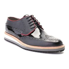 Mixed Texture Contrast Sole Perforated Wingtip Oxford // Black Hand made, hand printed, genuine leather shoes Comfortable Mens Dress Shoes, Popular Mens Fashion, Men S Shoes, Black Shoes, Men Dress, Oxford Shoes, Sport, Latex Fashion, Shoes