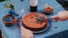 Ani gram mouky, ale neskutečná dobrota je na světě. Bezlepkové dorty z čokolády jsou skvělou alternativou pro ty, kterým neděláme lepek dobře.