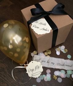 Gold-Will you be my bridesmaid? Pop the balloon to reveal your message Bridesmaid Proposal Ideas - Gold - Will you be my bridesmaid Pop the balloon. Wedding Party List, Wedding Favors, Our Wedding, Wedding Gifts, Wedding Ideas, Bridesman, Be My Groomsman, Groomsmen, Will You Be My Bridesmaid