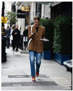 Stylish Ways to Wear Oversized Blazer This Fall Fall Fashion Trends, Autumn Fashion, Fashion Ideas, Mode Simple, Simple Style, Oversized Blazer, Dressing, Blazer Outfits, Fall Wardrobe