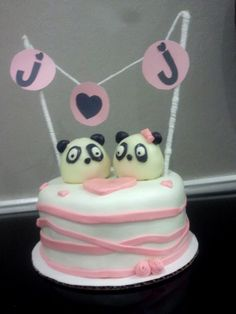 thats my future birthday cake just not j <3 j it's going to be m <3 p as marissa loves pandas