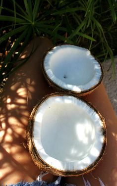 Most popular tags for this image include: coconut, summer, food, beach and fruit Hawaii Surf, Hawaii Travel, Bali Travel, Tropical Vibes, Tropical Paradise, Big Wave Surfing, Girl Surfing, Swimming Party Ideas, Surfer Style