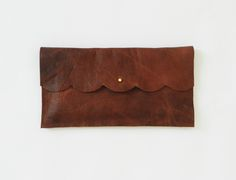 want this clutch!