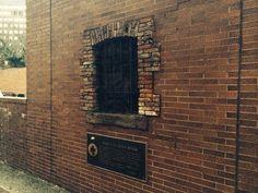 The Sugar House Prison Window – New York, New York | Atlas Obscura