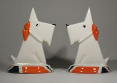 This is a stylish and attractive ceramic Mantel Set Ornament in our Art Deco inspired Scottie Dog design. This ornament has been hand glazed our own