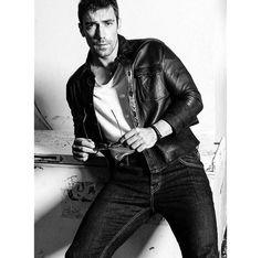 Ibrahim Çelikkol (@ibrahimarabfan) Turkish Men, Turkish Actors, Black And White Love, Elle Magazine, Gorgeous Men, Male Models, Actors & Actresses, Sexy Men, Hot Guys