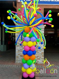 Funky Balloon Pillar