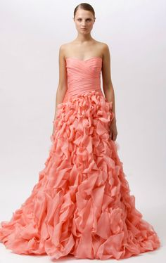 My prom dress was this color. (: 2012 Monique Lhuillier Resort Collection