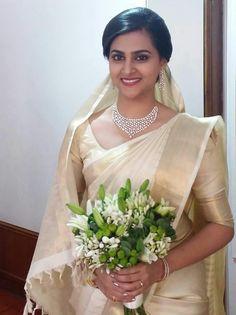 338dc639501 66 Best Kerala Wedding Saree images