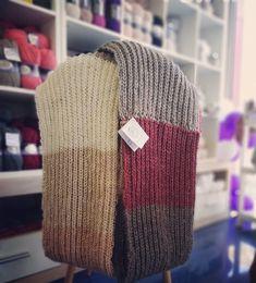 A warm feeling. Crochet Yarn, Knitted Hats, Warm, Feelings, Knitting, How To Make, Handmade, Gifts, Instagram